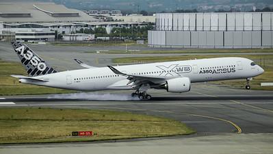 Airbus Industries / Airbus A350-941 / F-WWYB
