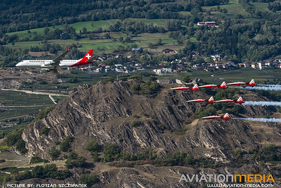 Helvetic / Embraer E190LR / HB-JVP / Sion Airshow Formation