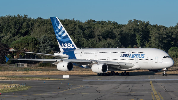 Airbus Industries / Airbus A380-841 / F-WWOW