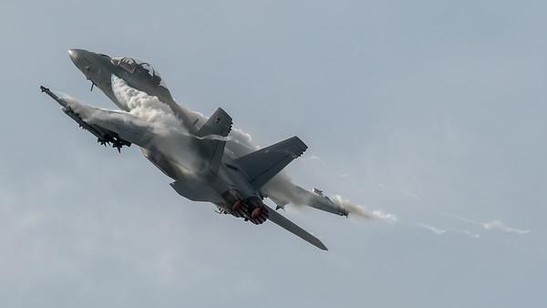 US Navy / Boeing F/A-18F Super Hornet / 168930