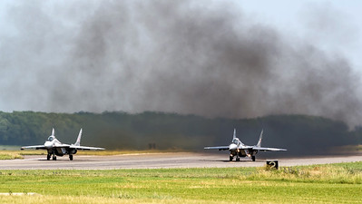 Polish Air Force 23 BLT / Mikoyan MiG-29A / 89 & 40