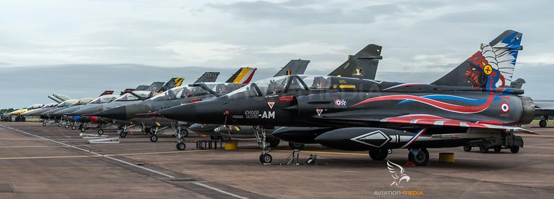 Display Aircraft Line