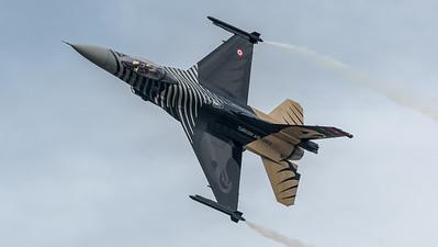 Turkish Air Force / Lockheed Martin F-16C Block 30 / 88-0032