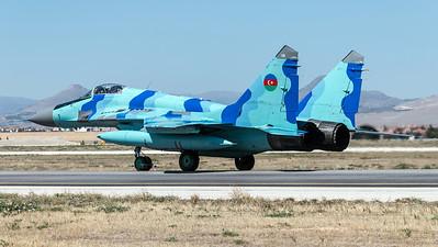 Azerbaijan Air Force / Mikoyan MiG-29 Fulcrum / Blue 06
