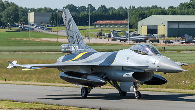 Belgian Air Force 1st Squadron / General Dynamics F-16AM / FA-132 / 100th Anniversary Livery