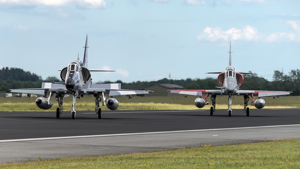 Top Aces / Douglas A-4NJ Skyhawk / C-FGZI & C-FGZT