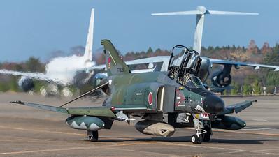 RF-4E Kaj 397 Returning to Ramp