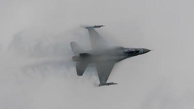Polish Air Force / Lockheed Martin F-16C Block 52 / 4056