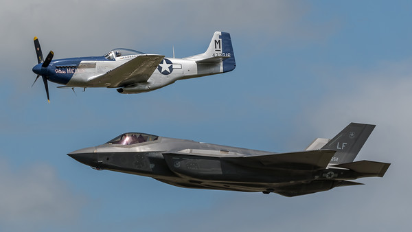 Private & US Air Force / North American P-51D Mustang & Lockheed Martin F-35A Lightning II / G-BIXL 44-72216 & LF 12-5052