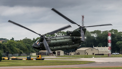 Royal Netherlands Air Force / Boeing CH-47D Chinook / D-561