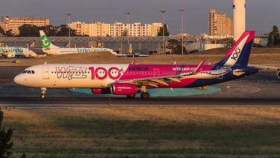 Wizz / Airbus A321-231 / HA-LTD / 100th Airbus Livery