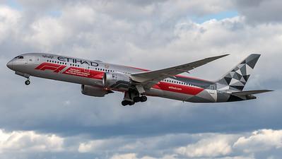 Etihad / Boeing B787-9 / A6-BLV / Formula 1 Livery