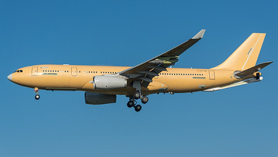 Airbus Industries (to be Singapore Air Force) / Airbus A330-243MRTT / EC-333 (to be 760)