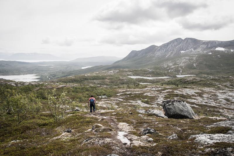 På väg ner för Bogvetten, Tysfjord, Norge