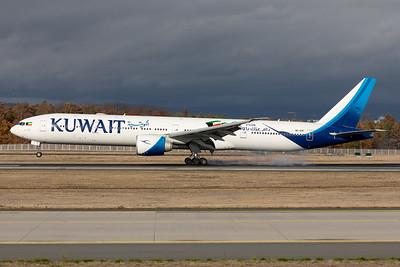 Kuwait Airways | Boeing 777-369ER | 9K-AOF
