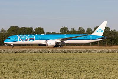 "KLM Royal Dutch Airlines | Boeing 787-10 Dreamliner | PH-BKA | ""KLM 100 years"" livery"