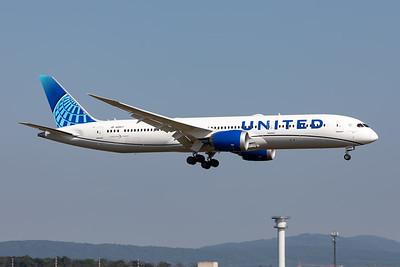 United Airlines | Boeing 787-9 Dreamliner | N29977