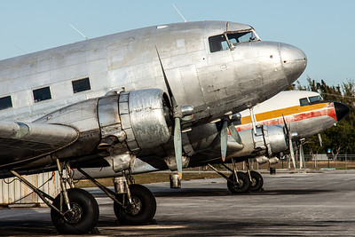 "Atlantic Air Transport / Douglas DC-3C ""Skytrain"" / N437GB"