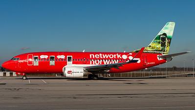 "Norwegian Air Shuttle / B737-300(WL) / LN-KKX / ""network norway"""