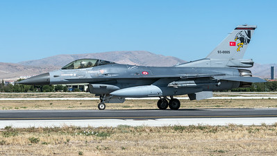 Turkish Air Force 182 Filo / Lockheed Martin F-16C Block 40 / 93-0005