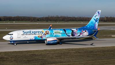 SunExpress / Boeing B737-8HC / TC-SNU / Ufo-Alarm Livery