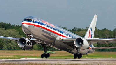 American Airlines / B767-300 / N358AA