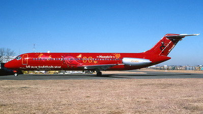 1Time Airways (Nandos fast food livery) McDonell Douglas DC-9 ZS-NRC