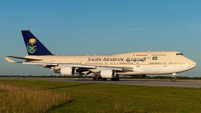 Saudi Arabian Airlines / B747-400 / HZ-AIW