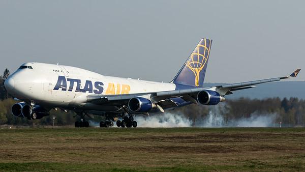 Atlas Air / B747-400(BCF) / N429MC