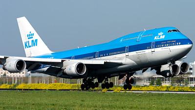 KLM / B747-400 / PH-BFW