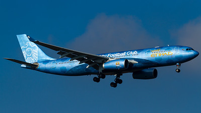 "Etihad Airways / A330-200 / A6-EYE / ""Manchester City Football Club"""