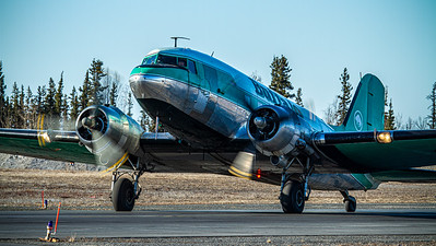 Buffalo Airways / Douglas DC-3C Skytrain / C-FLFR