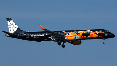 "Belavia / ERJ-195LR / EW-400PO / ""World of Tanks"""