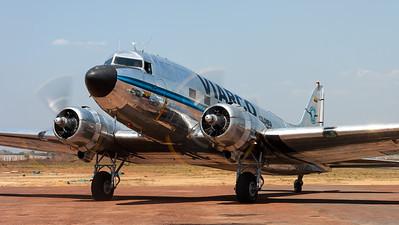 """VIARCO Colombia / Douglas DC-3C """"Dakota"""" / HK-2006"""