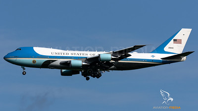 Air Force One @ London-Stansted