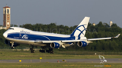 Air Bridge Cargo going to land at Malpensa