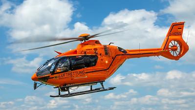 """Luftrettung """"Christoph 17"""" / Airbus H135 / D-HZSQ"""