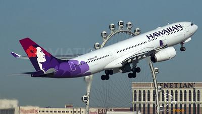Hawaiian  / A330-200 / N389HA