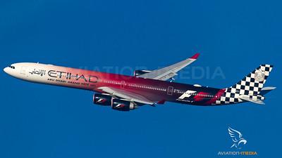 "Etihad Airways / A340-600 / A6-EHJ / ""Formula 1 Abu Dhabi Grand Prix 2015"""