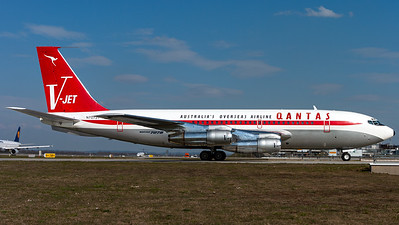 QANTAS Boeing 707 - John Travolta
