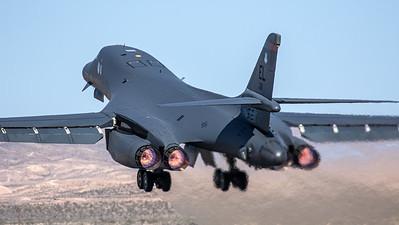 US Air Force / Rockwell B-1B Lancer / 86-0111