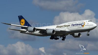 """Lufthansa / B747-8I / D-ABYI / """"Siegerflieger"""""""