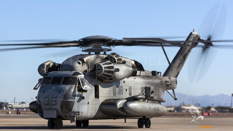 US Marine Corps MH-53