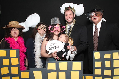 2016April30-Devin&Bill-Photobooth-0018