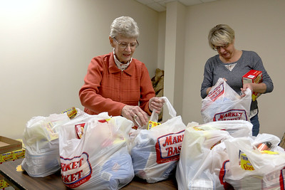 Billerica Food Pantry giving out its Thanksgiving meals