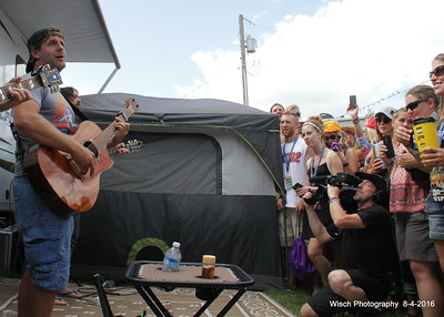 Billy Currington campsite show WeFest 2016