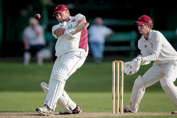 57* by Ryan Bradshaw helps @biltoncricket beat @IlkleyCC in Waddilove Cup semi-final