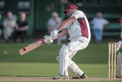 Ryan hits a massive six to bring Bilton to within two points of victory. 57* by Ryan Bradshaw helps @biltoncricket beat @IlkleyCC in Waddilove Cup semi-final