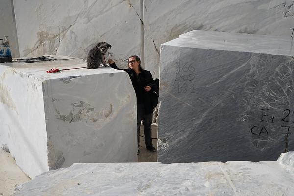 Karen LaMonte choosing stone for Cumulus cloud sculpture in marble.