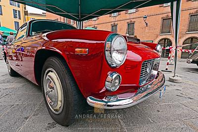 Historical car Lancia Flaminia Sport Zagato 2-8 3C 1963 (2)